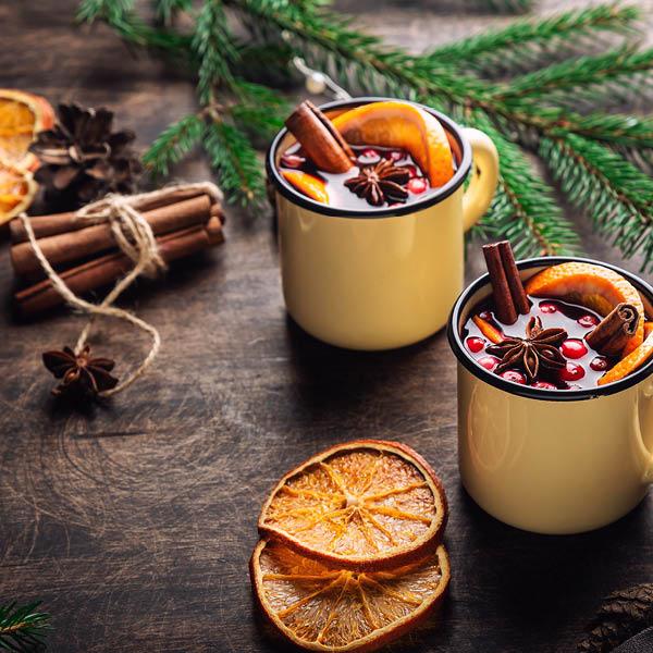 Gebäck und Glühwein - Adventzeit
